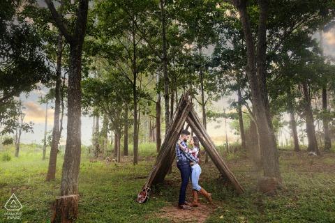 True Love pre wedding Photoshoot at Fazenda Água Limpa in Hidrolândia of a couple at the GO Farm