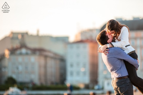 True Love Pre-Wedding Portrait Session in Trieste showing a couple having some Hugs at sunrise