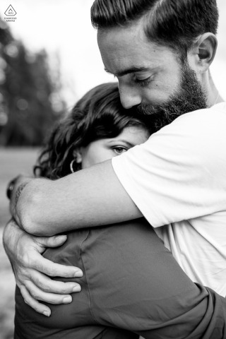 Lac Saint Apollinaire couple e-session in BW with intimate hugs