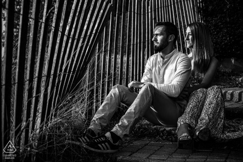 Oingt environmental Couple photoshoot on the steps of the town of Oingt