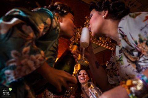 Donatella Barbera is an award-winning wedding photographer of the FI WPJA