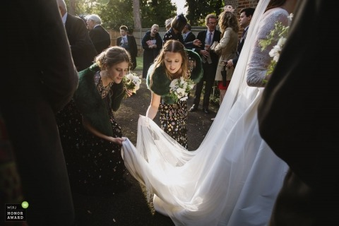 Karen Flower is an award-winning wedding photographer of the SRY WPJA