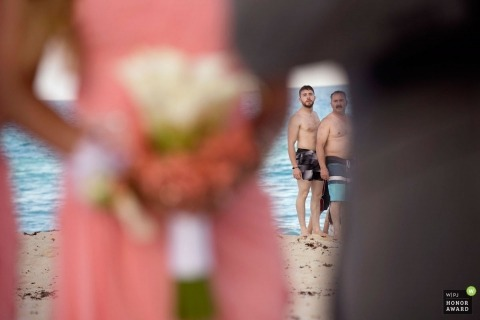 Laura Segall est une photographe de mariage primée de la AZ WPJA