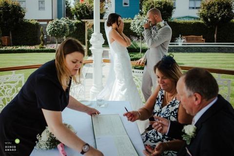 Matt Ebbage is an award-winning wedding photographer of the KEN WPJA