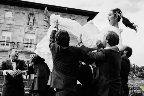 Monika Zaldo is an award-winning wedding photographer of the GP WPJA