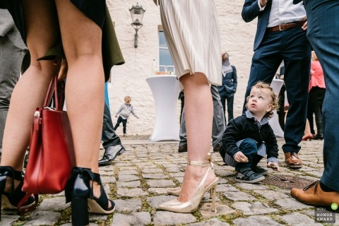 Oleg Rostovtsev est un photographe de mariage primé de la NI WPJA.