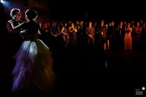 Omar Berr jest wielokrotnie nagradzanym fotografem ślubnym WPJA