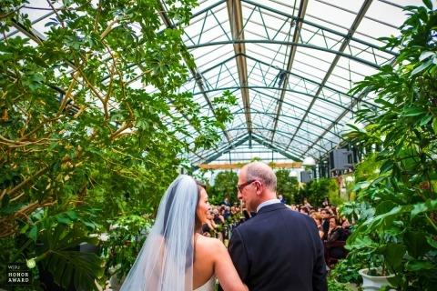 Ray Ivasile ist ein preisgekrönter Hochzeitsfotograf des MI WPJA