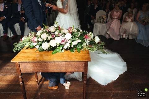 Stephen Bunn是KEN WPJA的獲獎婚禮攝影師