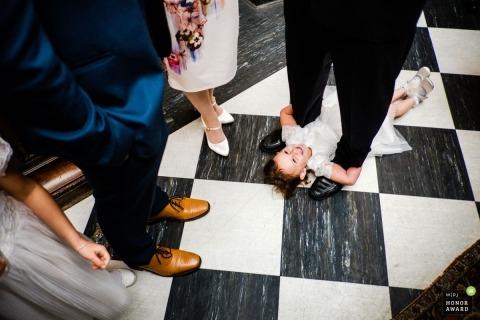 Steven Carter Hewson is an award-winning wedding photographer of the LND WPJA