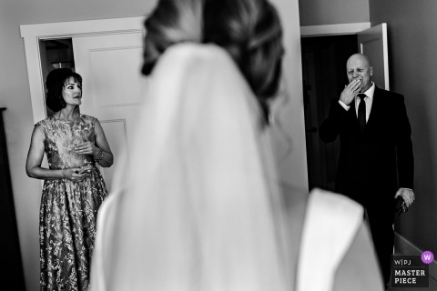 Winnipeg, Manitoba brides father gets emotional as he sees her in her wedding dress