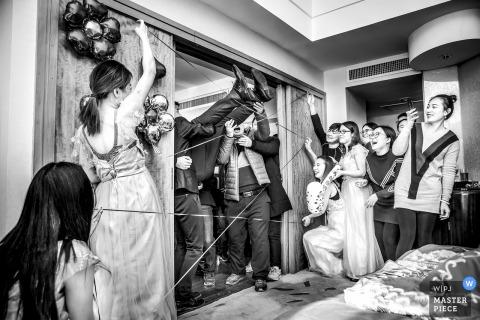 Przyjęcie weselne w Chinach na rozstanie z bramą weselną