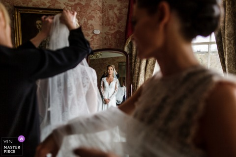 Kildare, Ireland bride finishing getting ready for the wedding
