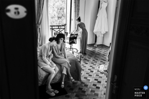 Italy bridesmaids exhausted before the wedding