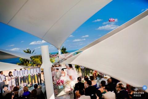 Mexique vue de la cérémonie de mariage à l'extérieur pendant la journée