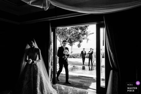 Bali, bruidsfeest tijdens de huwelijksreceptie in het Ayana Resort