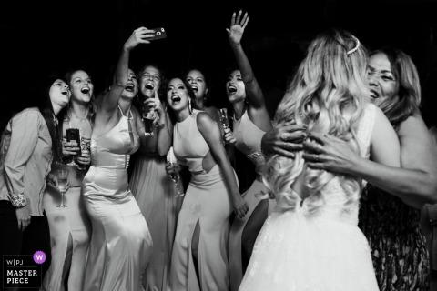 Rio de Janeiro bridesmaids and guests take a selfie at the wedding
