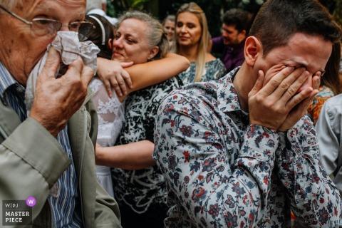 Guests begin to get emotional at the wedding ceremony Estância Lomba Grande, Lomba Grande,  Rio Grande do Sul