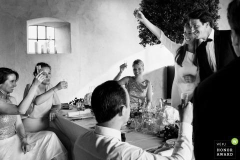 Bridal party enjoying drinks after the wedding - Oost-Vlaanderen Wedding Photographer