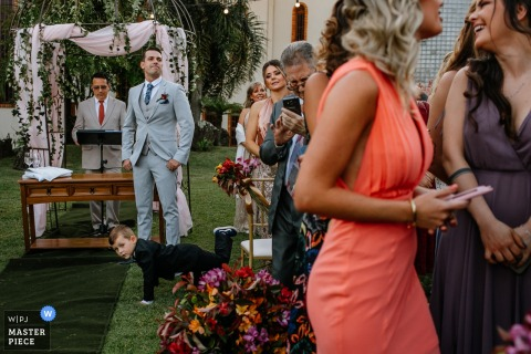 Hochzeitszeremonie im Freien - Bräutigam wartet auf die Braut - Casa Valduga - Bento Gonçalves - Rio Grande do Sul