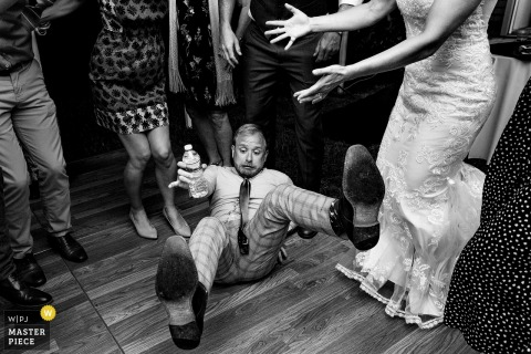 Groom falls over at the wedding reception in Manchester, Maine