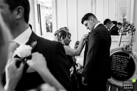 Gloucestershire bridesmaids getting the groomsmen ready in the UK