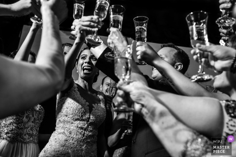 wedding toast -  wedding photographer for Campinas