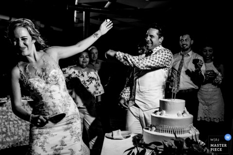 Cake toss during wedding reception in Playa del Carmen, Mexico
