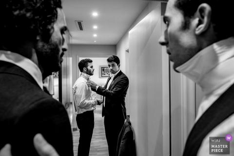 Beirut Wedding Photojournalism | Korytarz hotelowy Końcowe poprawki dla krawatów luzaków