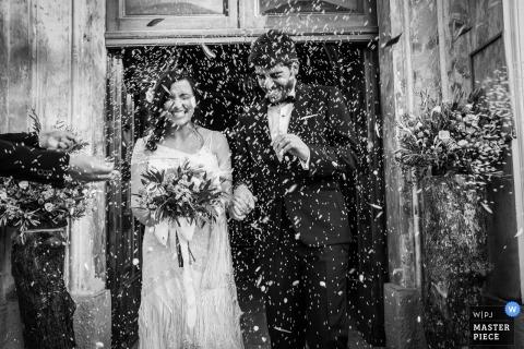 Byzantijns huwelijk met confetti in Calabrië