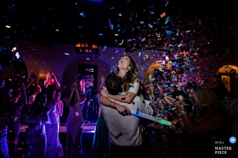 The Last Dance of the night...with confetti | Florida Key West