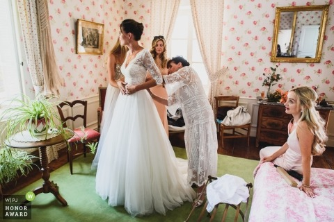 Bridal preparations at Chateau de Juvigny in France