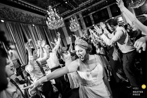 Saint-Petersburg Wedding Photojournalist | Russia black and white reception photo of the bride on the dance floor