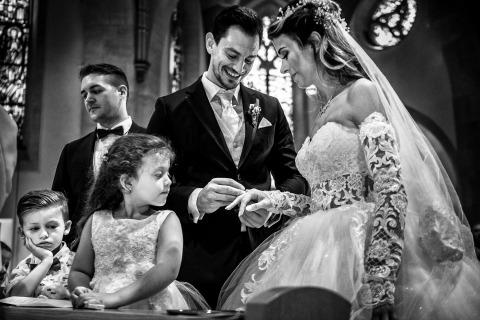 David Hallwas, di, è un fotografo di matrimoni per