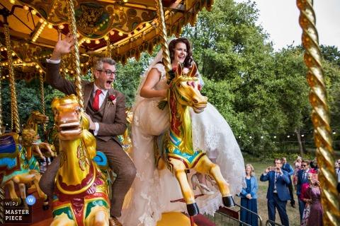 West Green House Gardens, West Hampshire huwelijksfoto van de receptie van de bruid en bruidegom