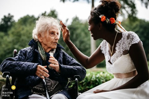 connections bride and grandma - capturing raw emotions in Wallonie Belgium