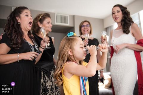 Santa Barbara Hochzeit Fotojournalist | Foto vor der Hochzeit fertig machen