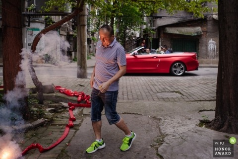 Hunan pre-wedding festivities included laying off firecrackers in the streets