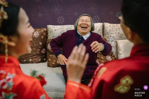 Traditional ceremonial wedding tea - China wedding photographer