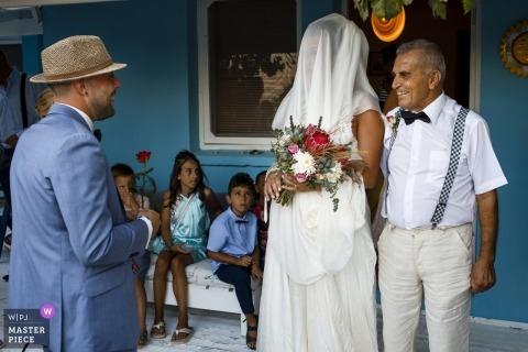 cesme weddings | dad is bringing Turkish girl | cesme, izmir, turkey