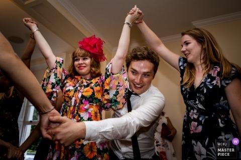 Hochzeits-Ceilidh-Foto aus der Pembroke Lodge