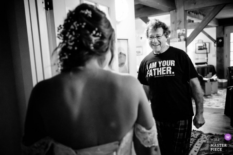 """Warren, VT documentary wedding photo of the bride's father wearing a T-shirt Reading """"I am your father"""" , from Star Wars"""