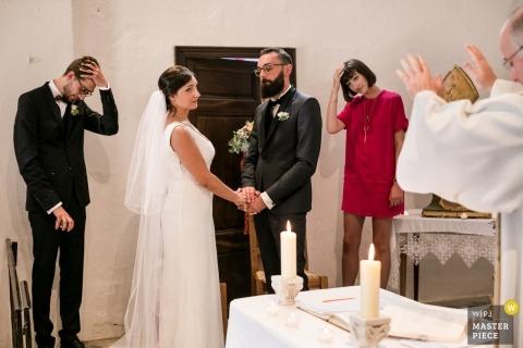 Imagen de la ceremonia de boda - Oppedette, Francia Fotografía de boda