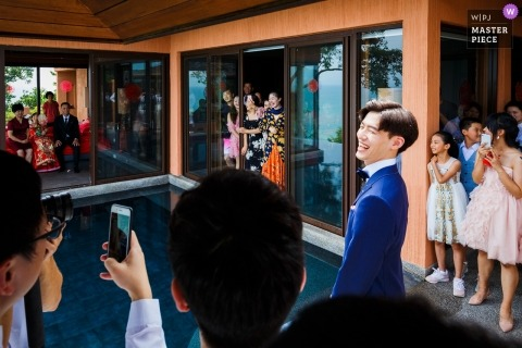 Shandong groom about to perform door games before his China wedding