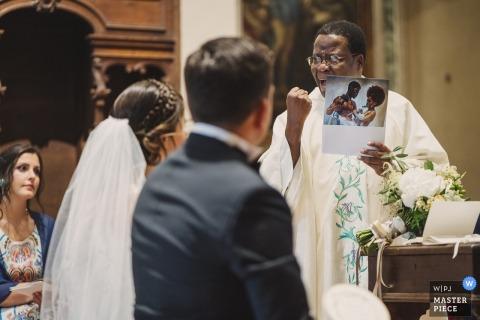 a crazy priest during the wedding ceremony | pornographt