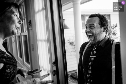 Zaskoczenie na matce panny młodej Southport, Maine fotografia ślubna
