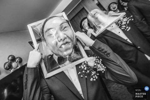 Beijing trouwfoto | Aziatische groomsmen-spellen | China huwelijksfotografie
