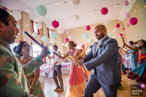 Fotoreportaż ślubny z partyjnego parkietu w Leicester w Wielkiej Brytanii