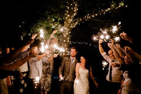 Clive Blair, de West Midlands, é fotógrafo de casamento da Curradine Barn