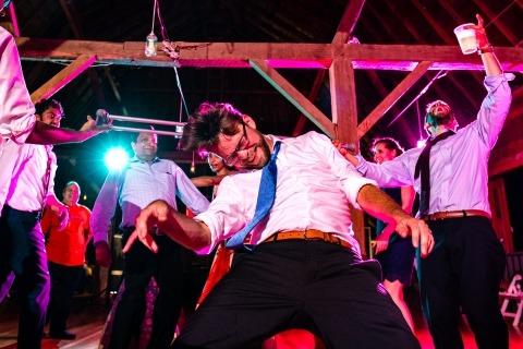 Ilana Bar-av, uit Wisconsin, is een trouwfotograaf voor Sparta, Wisconsin